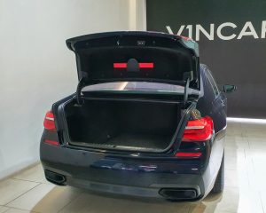 2019 BMW 7 Series 730i M-Sport Sunroof - Boot Space