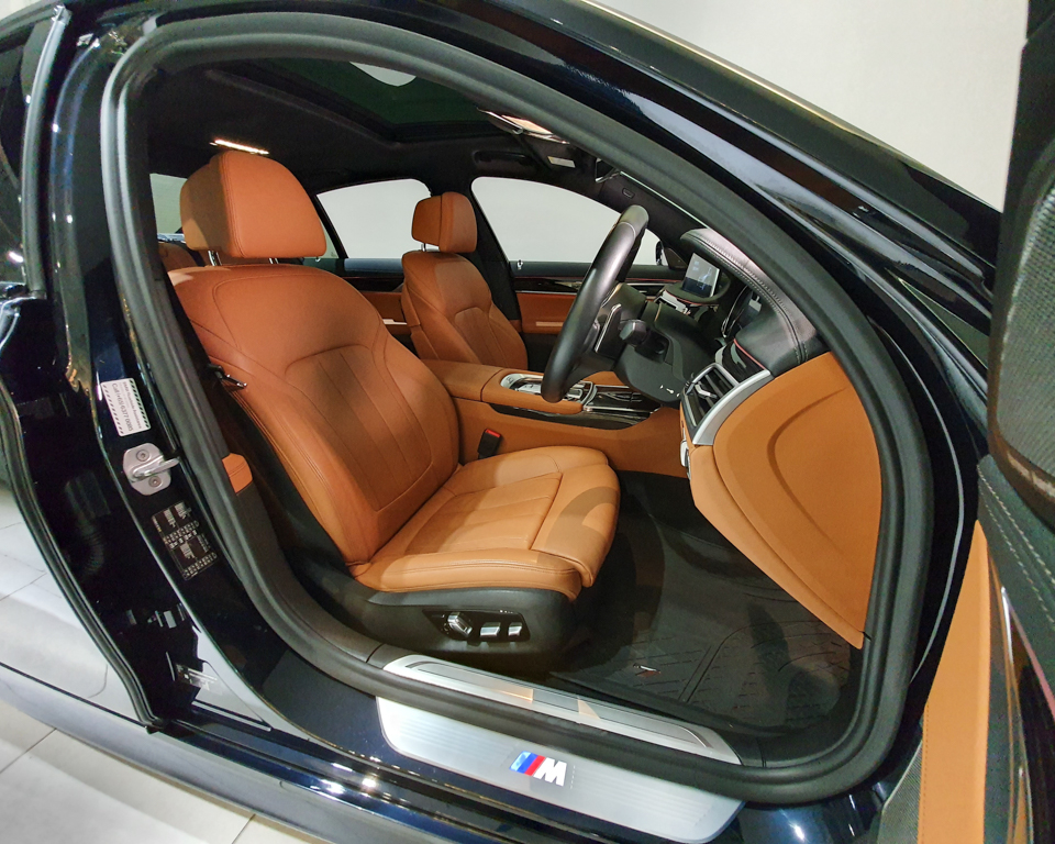2019 BMW 7 Series 730i M-Sport Sunroof - Driver Seat