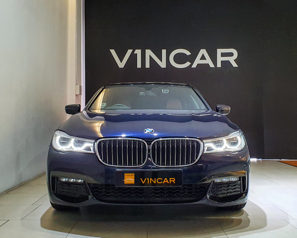 2019 BMW 7 Series 730i M-Sport Sunroof - Front Direct