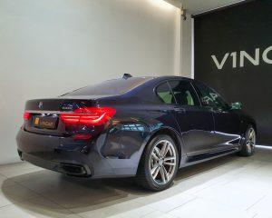 2019 BMW 7 Series 730i M-Sport Sunroof - Rear Quarter Angle