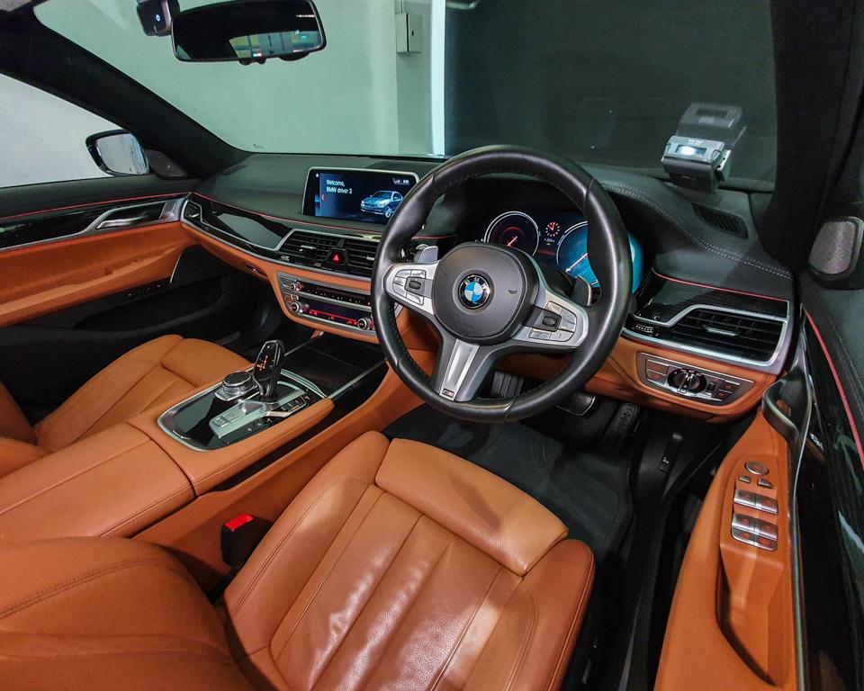 2019 BMW 7 Series 730i M-Sport Sunroof - Steering Wheel