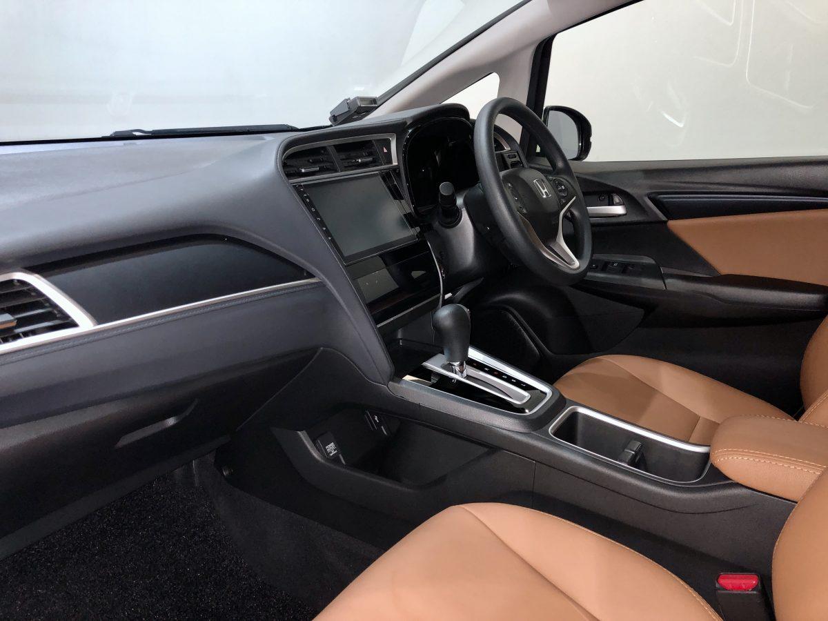 2020 Honda Shuttle 1.5A G Honda Sensing - Interior Dash