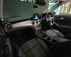 2020 Mercedes-Benz GLA-Class GLA180 Urban Edition - Interior Dash