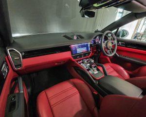 2020 Porsche Cayenne S Coupe 2.9A - Interior Dashboard