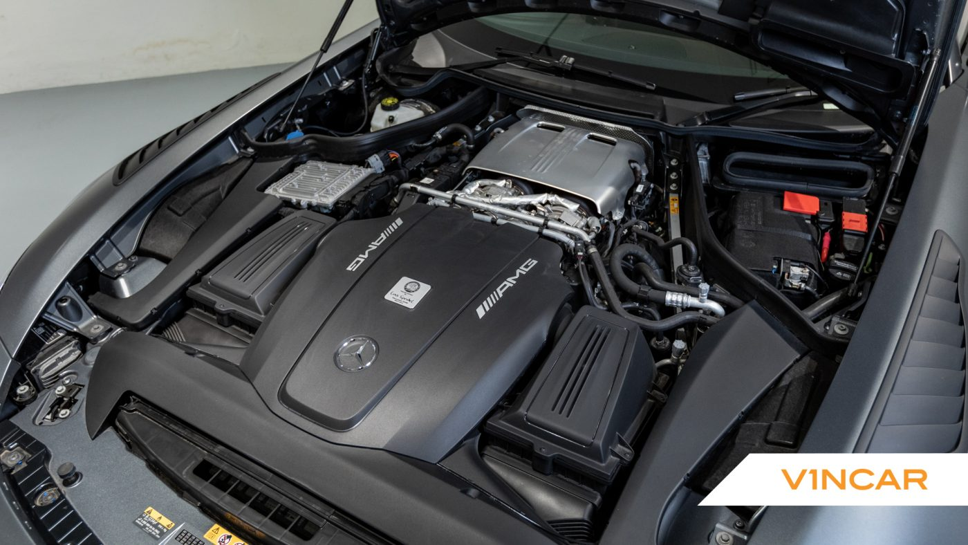 Mercedes-AMG GT R Pro Coupe - Engine Bay