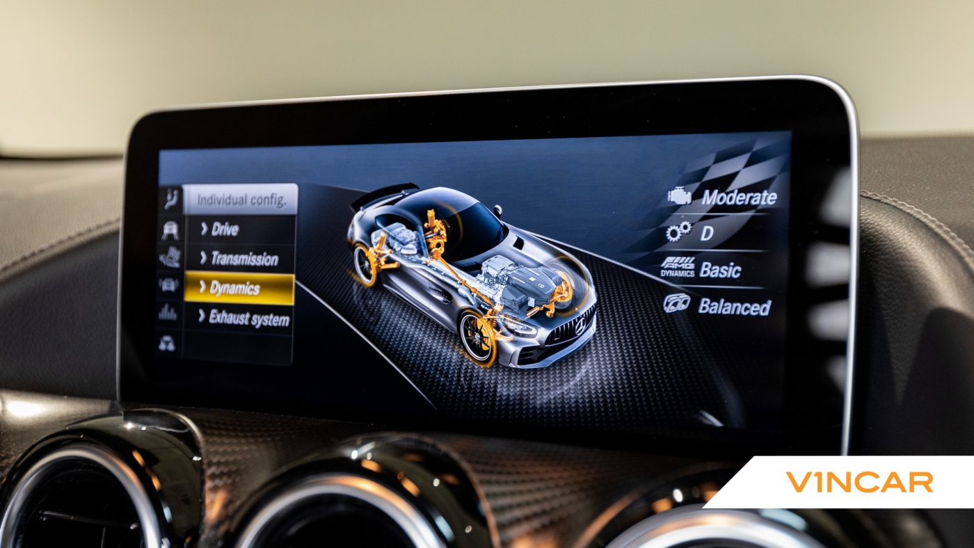 Mercedes-AMG GT R Pro Coupe - Infotainment
