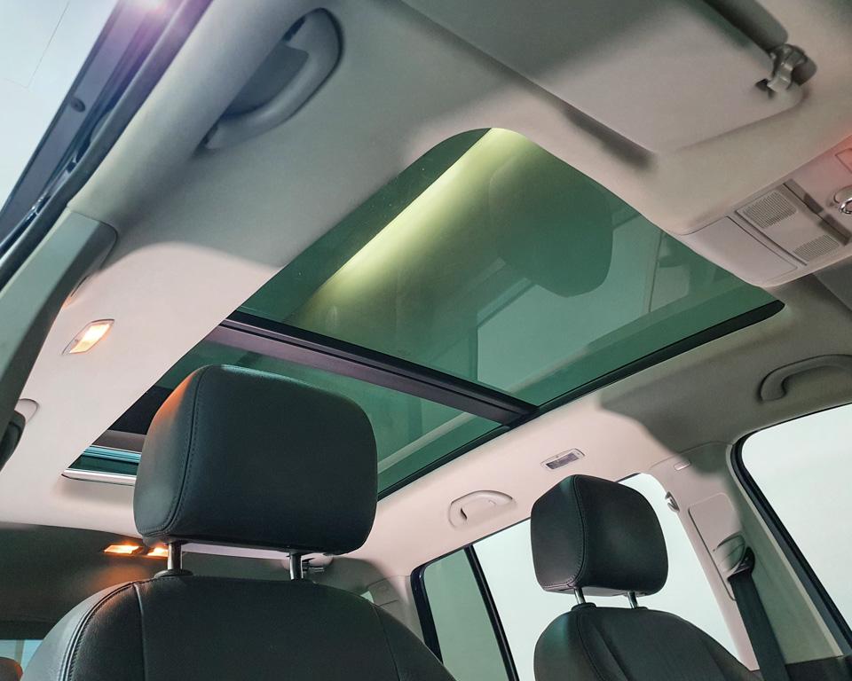 2014 Volkswagen Touran Diesel 1.6A TDI Sunroof - Glass Sunroof