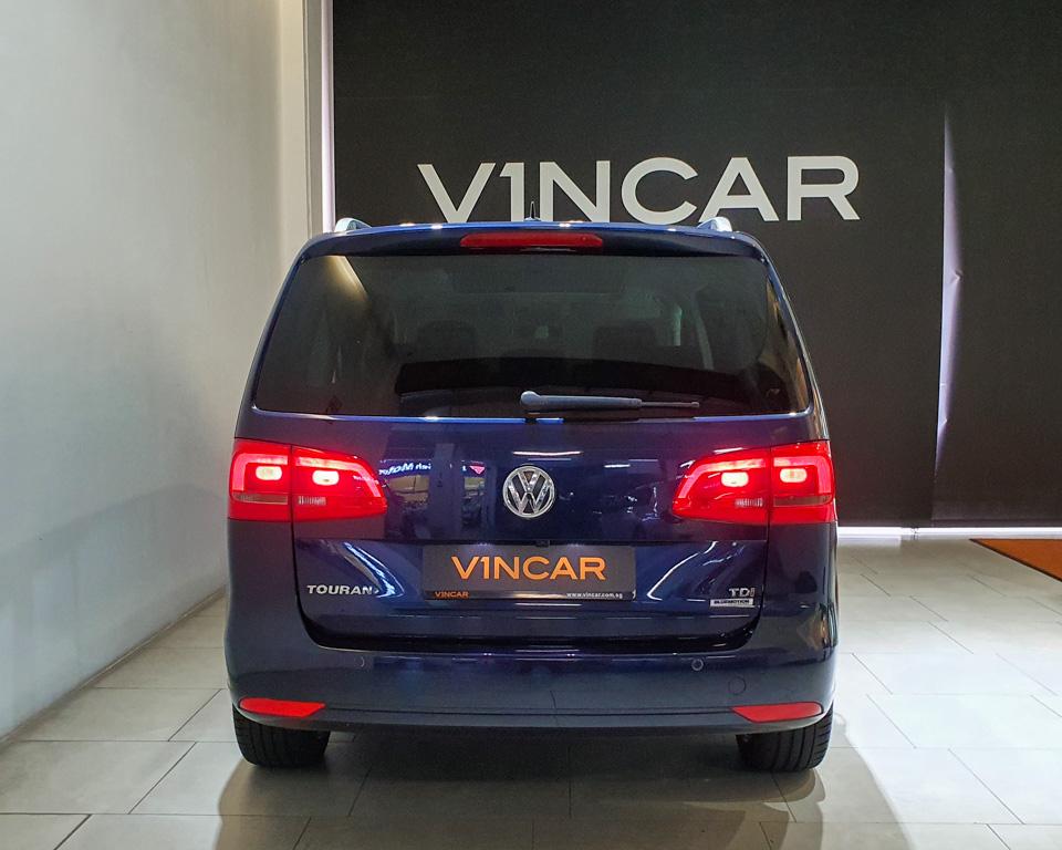 2014 Volkswagen Touran Diesel 1.6A TDI Sunroof - Rear Direct
