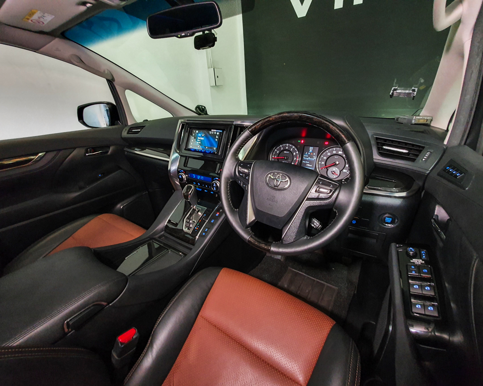 2015 Toyota Vellfire 2.5A Z G-Edition Moonroof - Steering Wheel