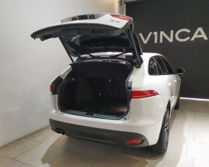 2017 Jaguar F-PACE Diesel 2.0A R-Sport - Boot Space