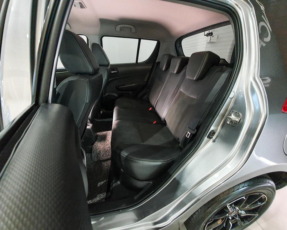 2017 Suzuki Swift 1.4A Special Edition - Rear Passenger Seat