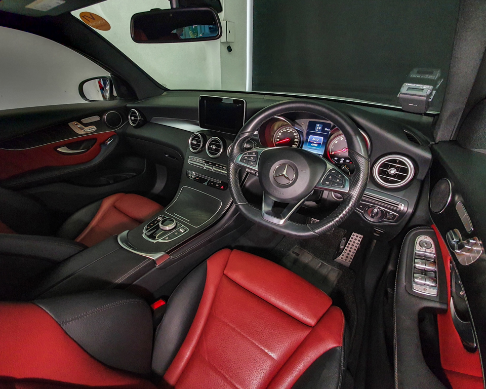 2018 Mercedes-Benz GLC-Class GLC250 Coupe AMG Line 4MATIC - Steering Wheel