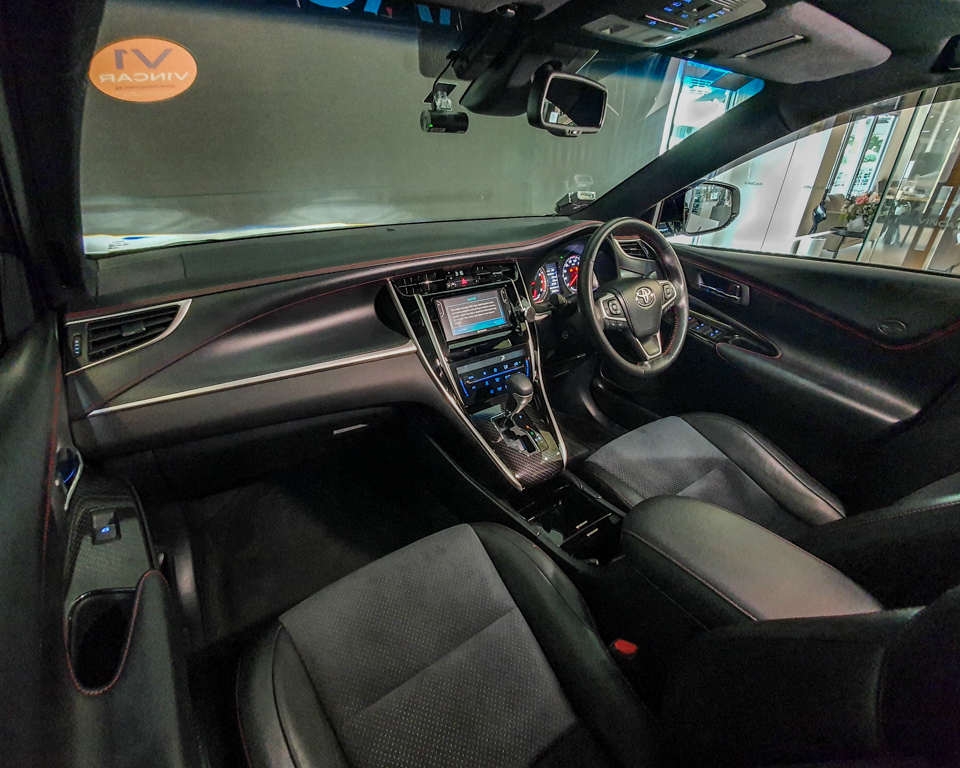 2018 Toyota Harrier 2.0A G-Grade - Interior Dash