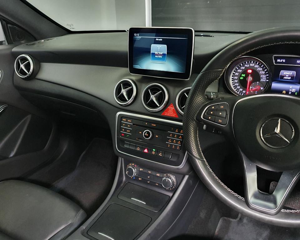 2015 Mercedes-Benz CLA-Class CLA180 - Infotainment System