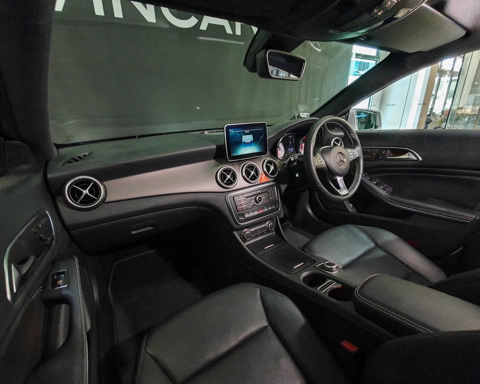 2015 Mercedes-Benz CLA-Class CLA180 - Interior Dash