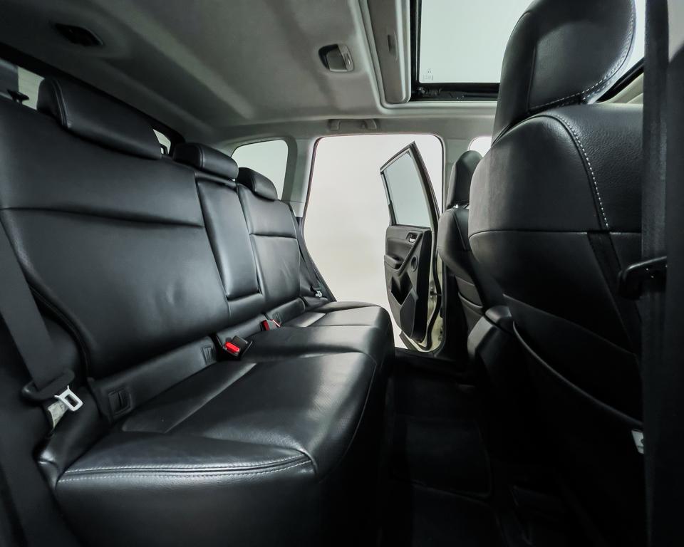2015 Subaru Forester 2.0XT Sunroof - Back Seat