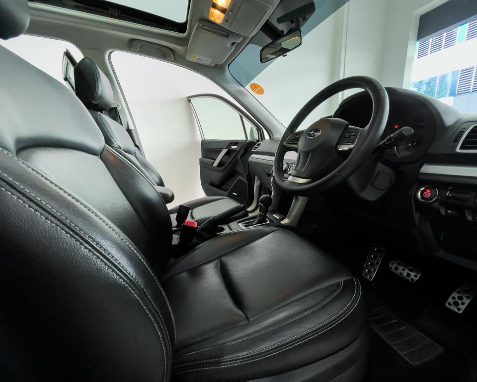 2015 Subaru Forester 2.0XT Sunroof - Steering Wheel