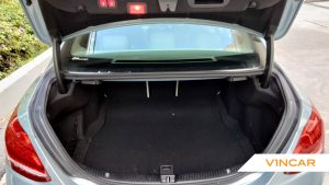 2016 Mercedes-Benz C-Class C200 Exclusive - Boot Space