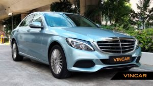 2016 Mercedes-Benz C-Class C200 Exclusive - Front Angle