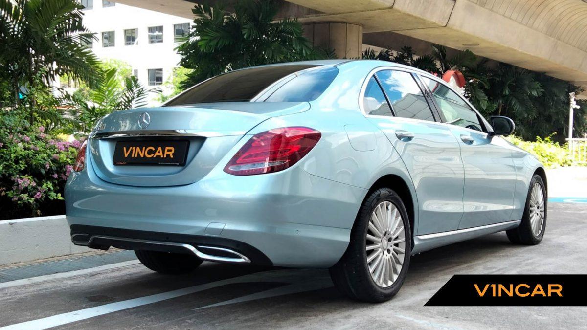 2016 Mercedes-Benz C-Class C200 Exclusive - Rear Quarter Angle