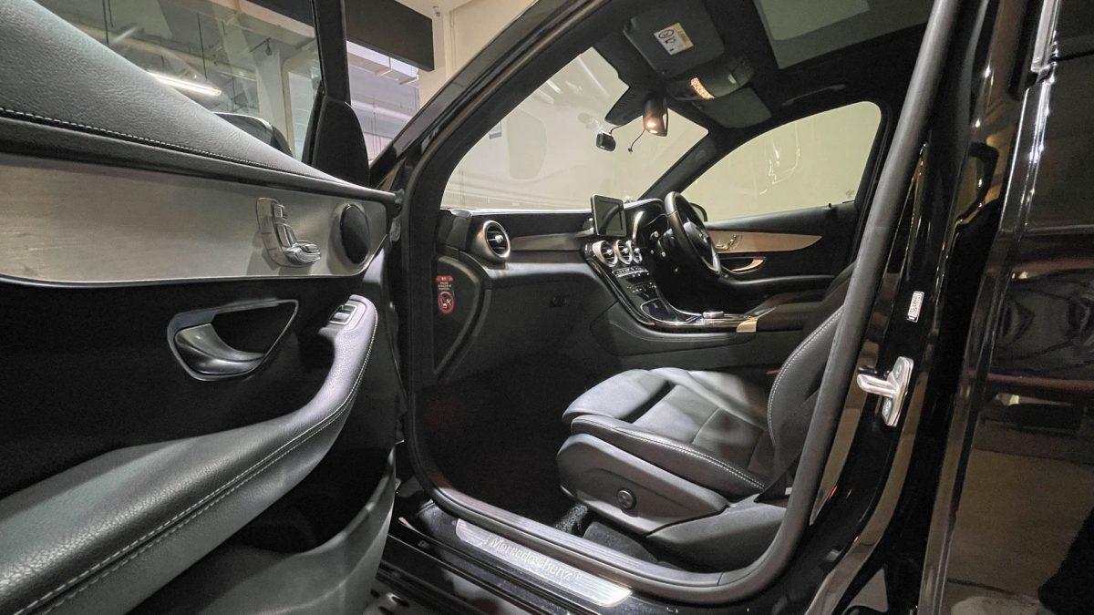 2016 Mercedes-Benz GLC-Class GLC250 4MATIC - Front Passenger Seat