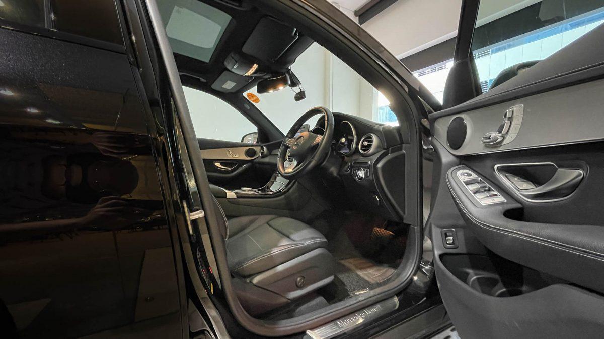 2016 Mercedes-Benz GLC-Class GLC250 4MATIC - Front Seat(1)