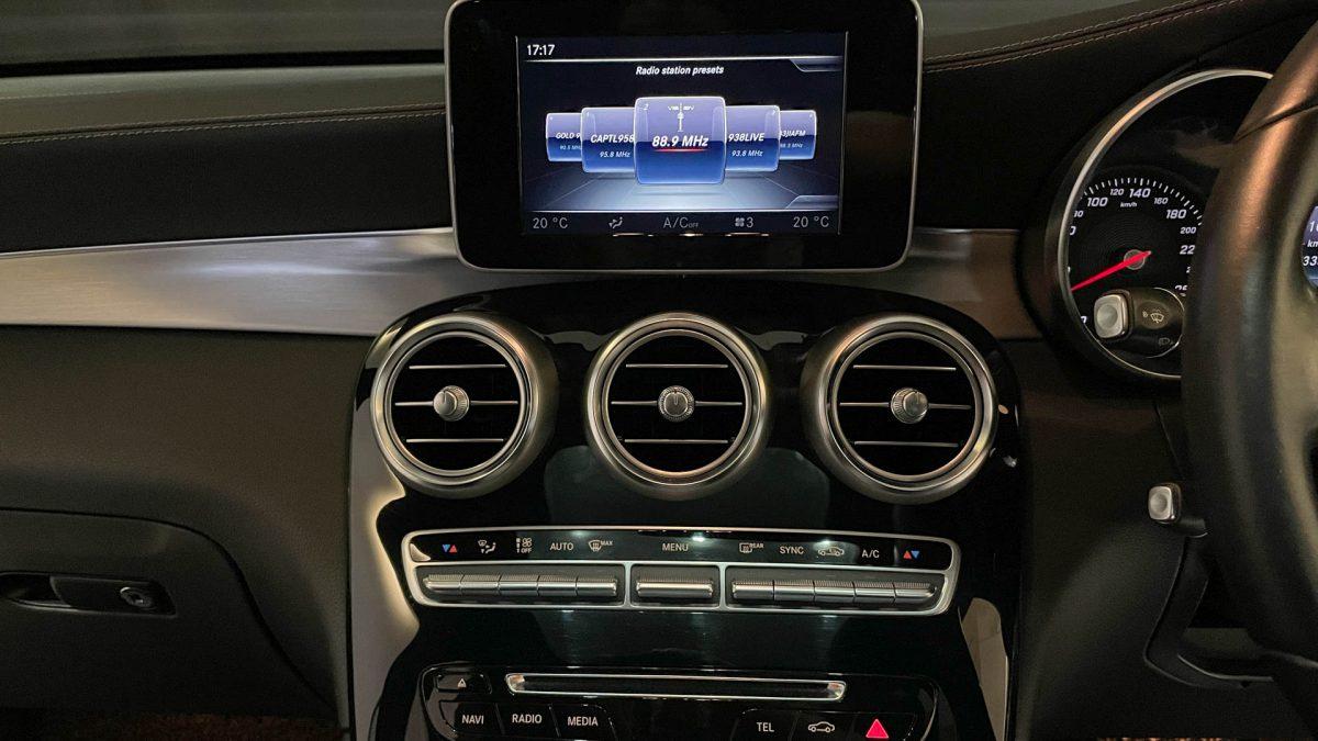 2016 Mercedes-Benz GLC-Class GLC250 4MATIC - Infotainment System