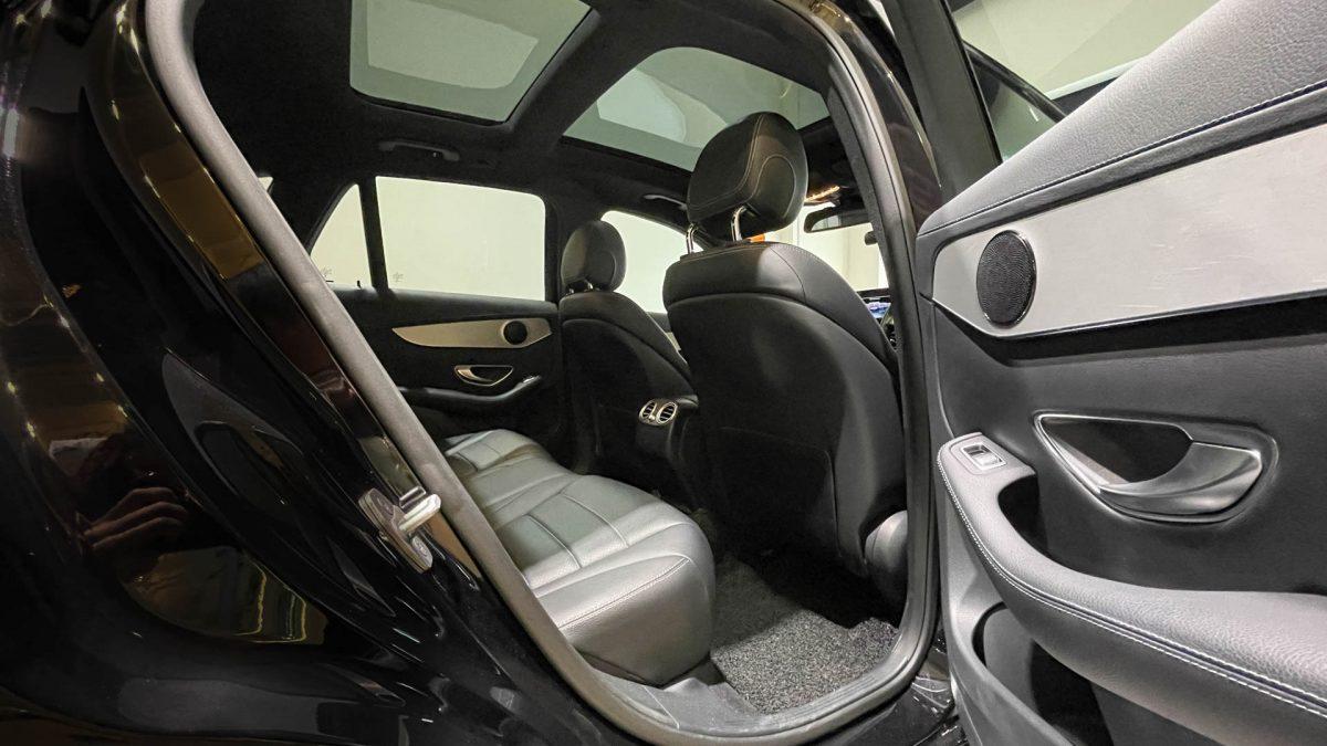 2016 Mercedes-Benz GLC-Class GLC250 4MATIC - Rear Seat
