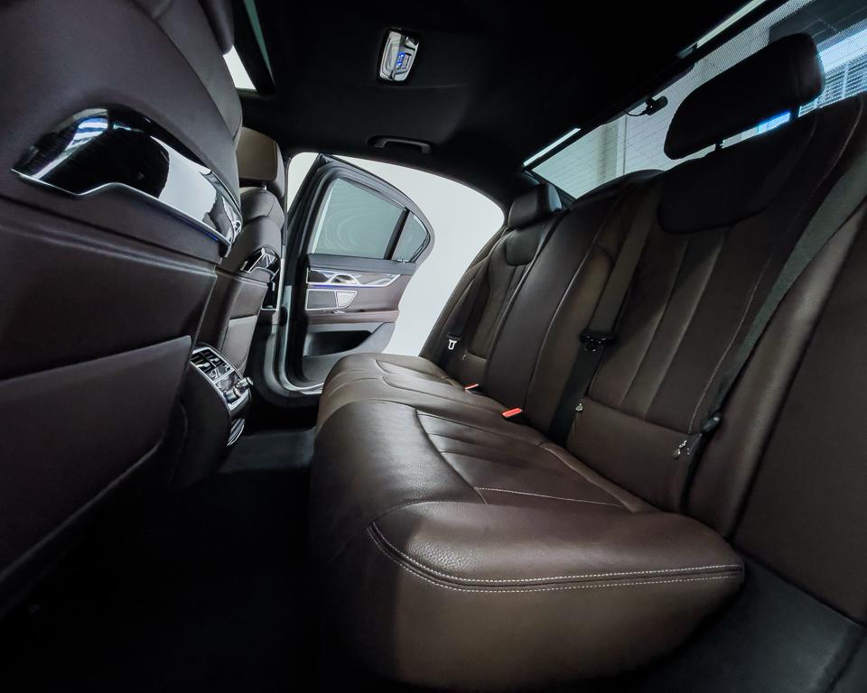2017 BMW 7 Series 730i M-Sport Sunroof - Back Seat