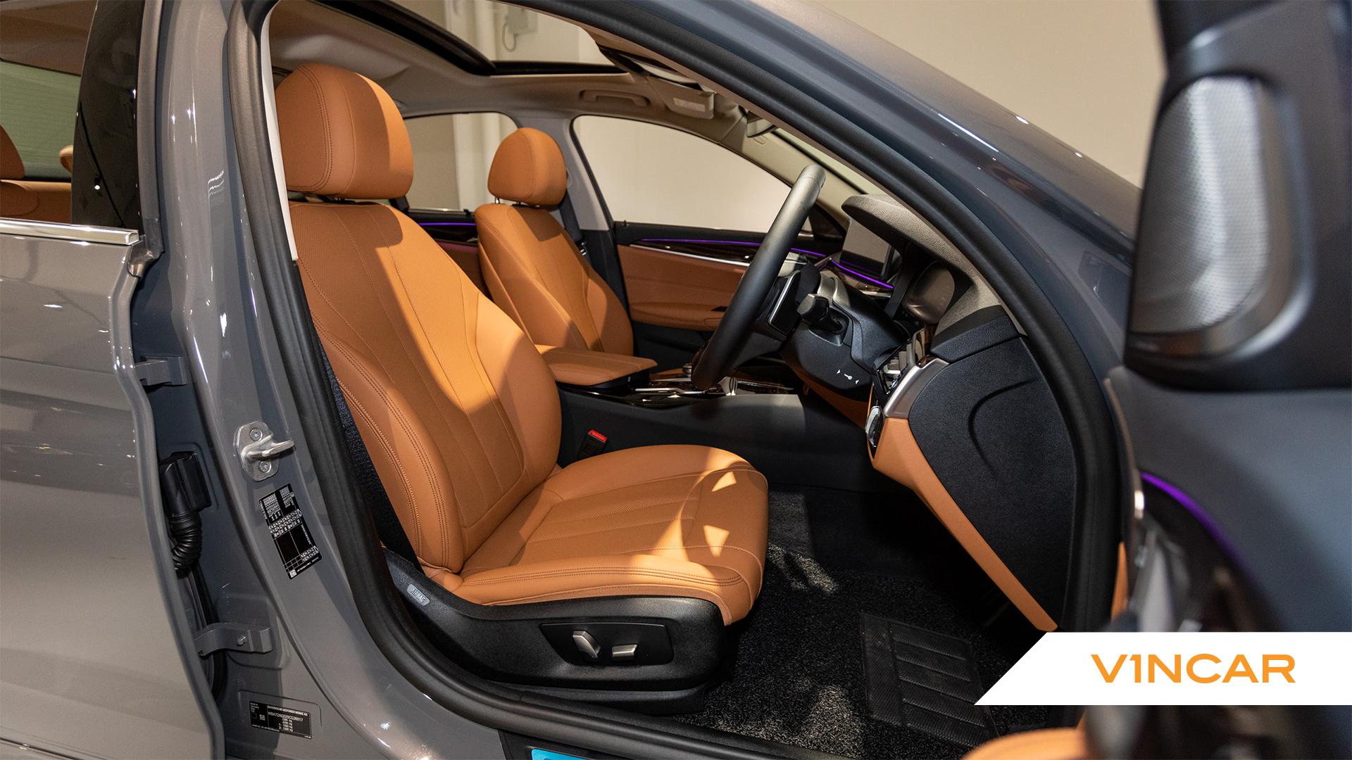 520i Saloon Luxury Premium+