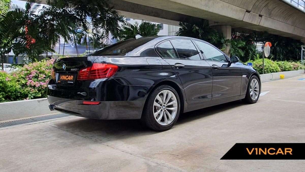 2016 BMW 5 Series 520i - Rear Quarter Angle