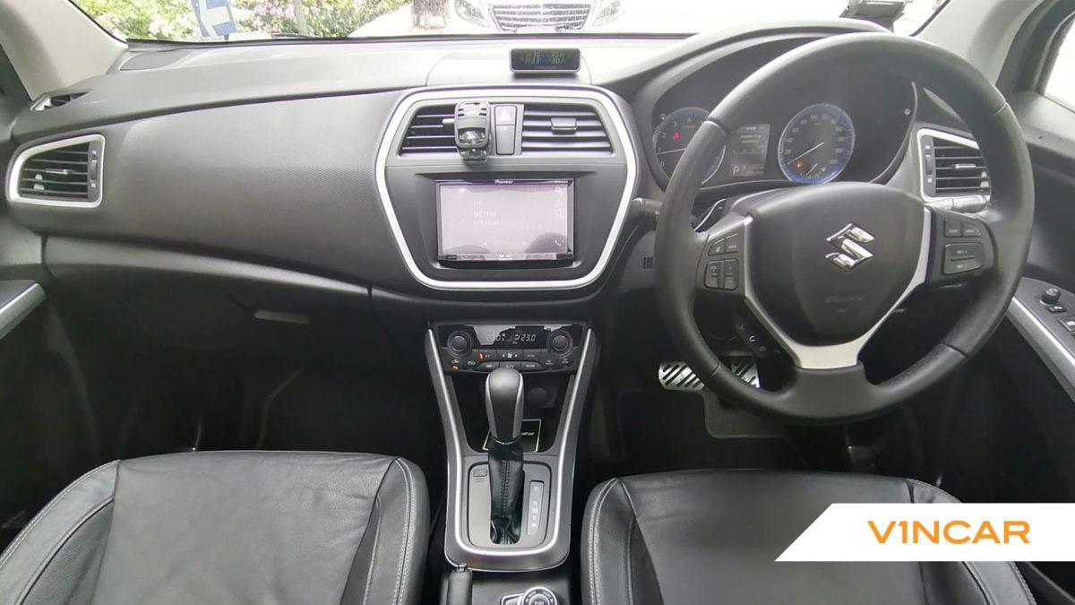 2017 Suzuki SX4 S-Cross 1.6A Sunroof - Interior Dash