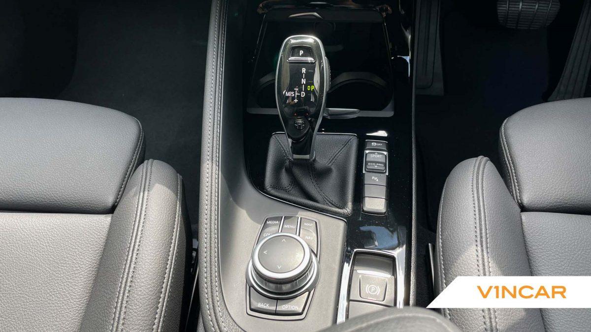2020 BMW X1 sDrive20i M-Sport - Centre Console