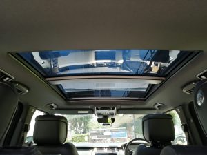 2020 Land Rover Range Rover Plug-in Hybrid 2.0A P400e PHEV - Glass Sunroof
