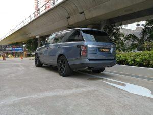 2020 Land Rover Range Rover Plug-in Hybrid 2.0A P400e PHEV - Rear Quarter Angle